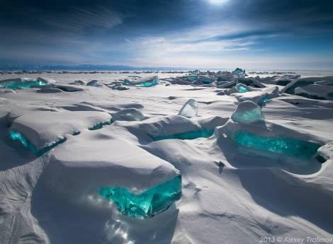 lake-baikal-frozen-turquize.jpg