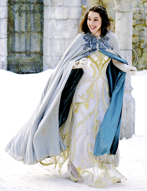 cape fashion reign ice queen adelaide