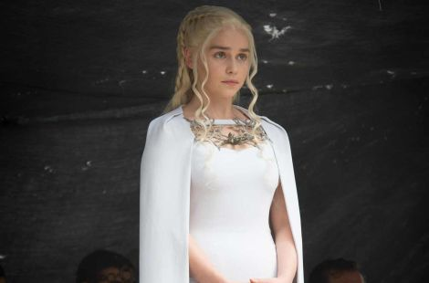 emilia clark game of thrones white cape dress